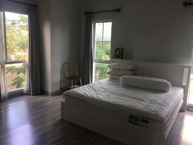 Private room in Petkasame BKK,Local area