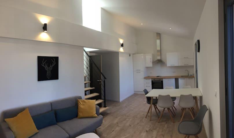 Appartement duplex coeur de Marseillan