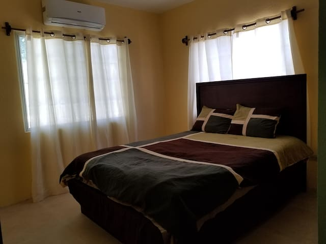 2nd bedroom with Air conditioning