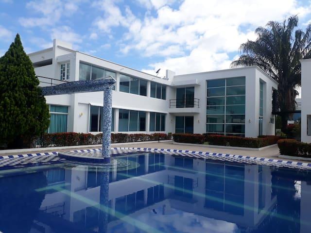 Casa F1 - Condominio Residencial Verde Sol.
