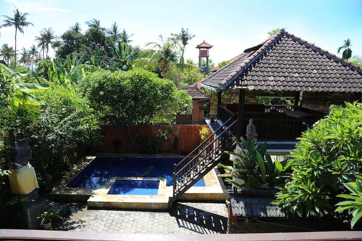 two luxury villas with pool in bali villen zur miete in. Black Bedroom Furniture Sets. Home Design Ideas