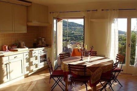 Sjarmerende bolig i vakre Provence - La Cadière-d'Azur