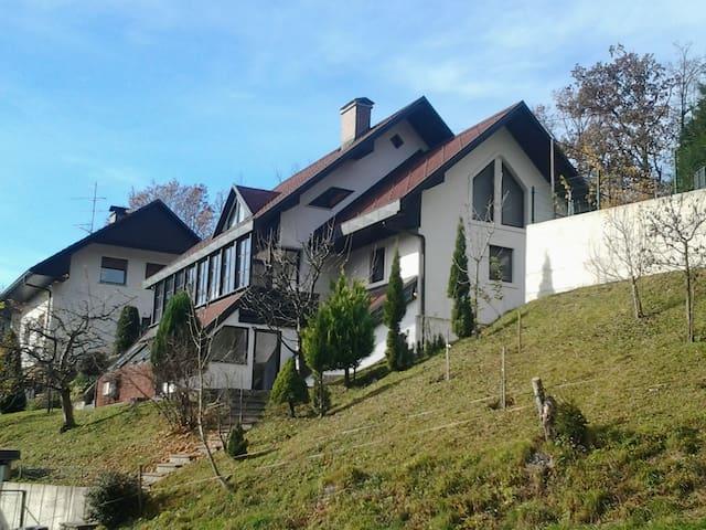 Apartma Benedičič Križe - Križe - Wohnung