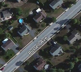 Nice room in quiet suburbs - Douglassville - Ev