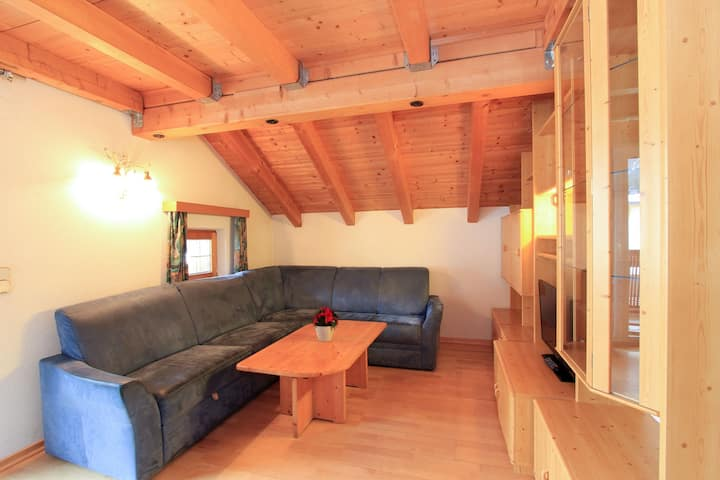 Apartment on a Ski-Slope in Ischgl with Parking & Balcony