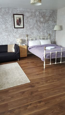 Two double bedrooms with shared en suite bathroom
