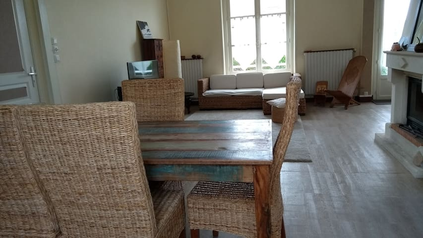 Cosy house with garden in Caen-Saint Contest