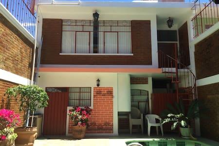 Great Weekend house. - Ixtapan de la Sal - Hus