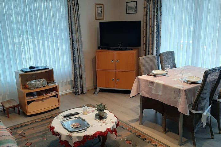 Snug Apartment in Wenduine close to Sea