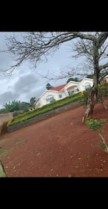 Banaloba house - villa de MENKAM