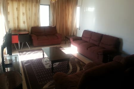 Very clean Apartment with free WiFi close to JU - Amman