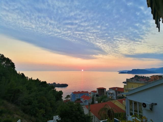 Famelija Jovanovic / Studio Sea View