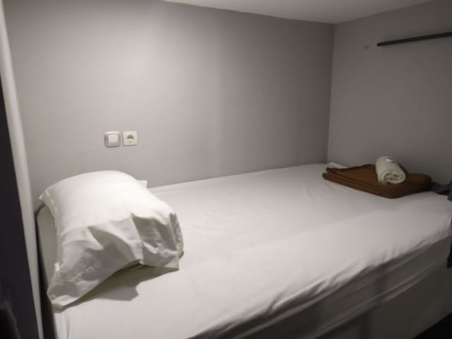 Hotel sunset Capsul Bed