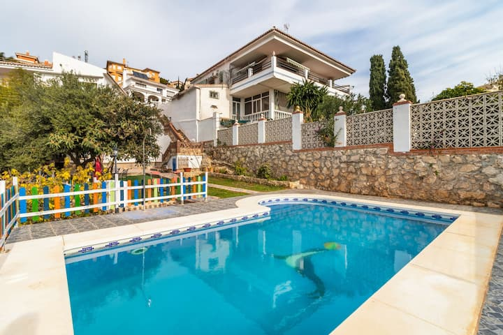 Rustic Holiday Home in La Cala del Moral with Swimming Pool