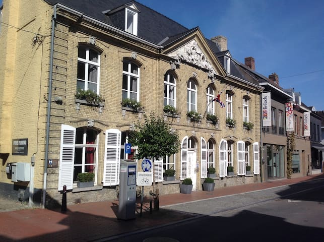 Holiday house for groups 30 pers. POPERINGE city - Poperinge - House