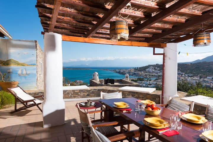 The Traditional House Margarita amazing sea view