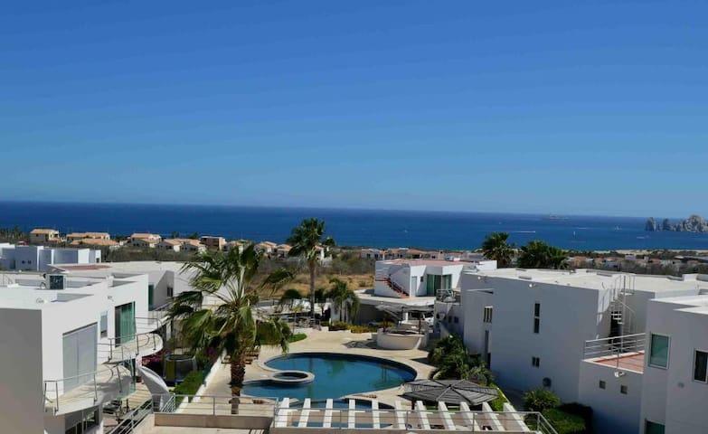 Casa Del Sol.  Ocean View! 4 br/3ba Luxury Living!