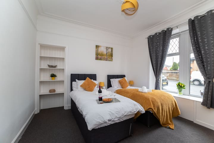 ⭐️Klass Living - Albion Apartment, Coatbridge⭐️