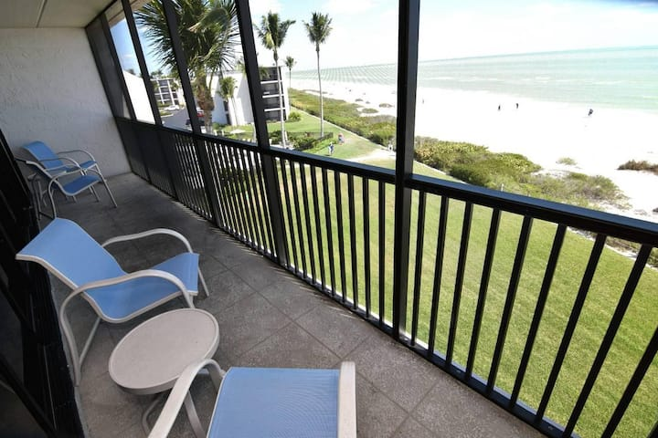 SUNDIAL A403  ONE BEDROOM DIRECT BEACHFRONT!