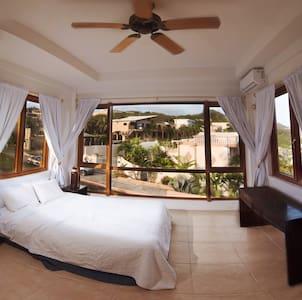 Amazing Private Ocean Apartment B
