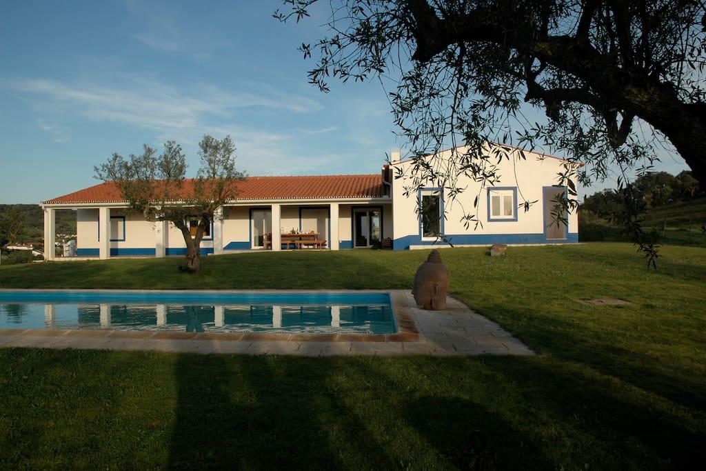 Monte do telheiro maisons louer escoural vora - La maison monte na comporta au portugal ...