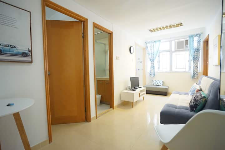 Comfy and Convenient spot in Wan Chai