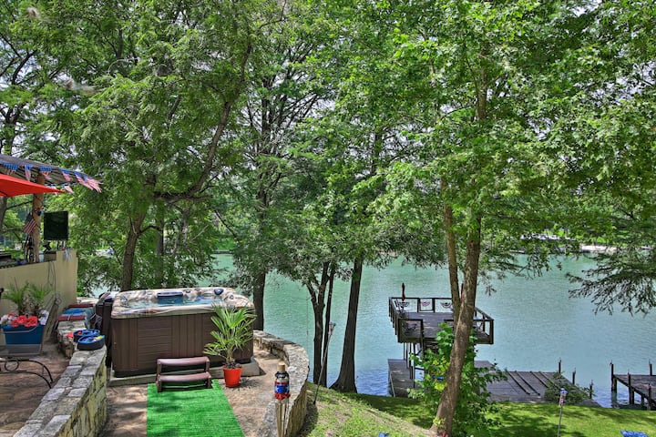 Patriotic Lakefront Seguin Home w/Dock & Deck