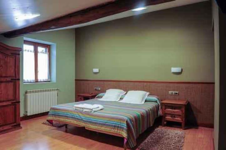 Habitacion - Adarra - Principal