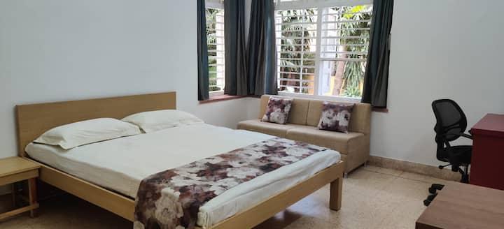 Srinekatan Villa :  Heritage Homestay /City Centre