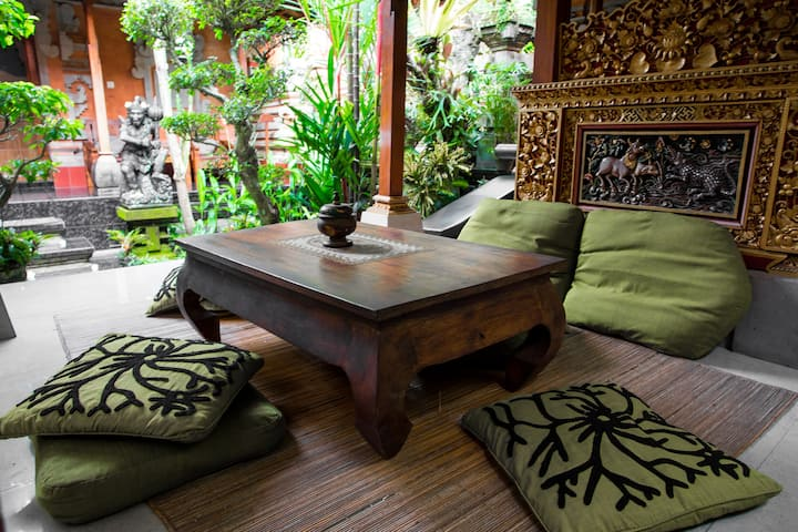Classic apartments for family in Ubud heart