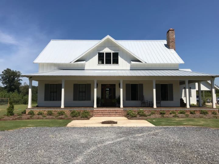 New Starkville Farmhouse With Pool & 76 Acres