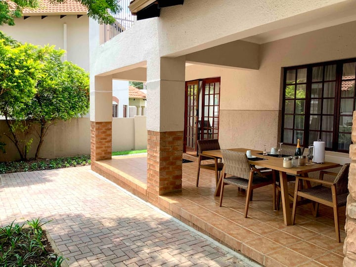 Beautiful 3bedroom Villa in secure suburban estate