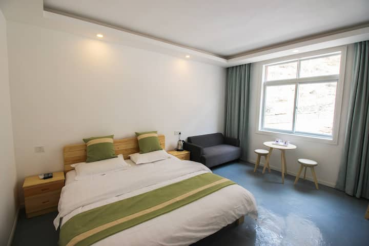 Cosy one-bed room舒适大床房C