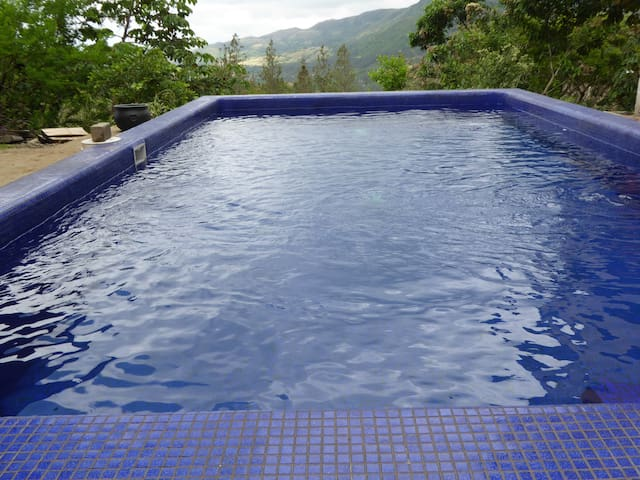 Private Complete House, Quiet, Large Pool