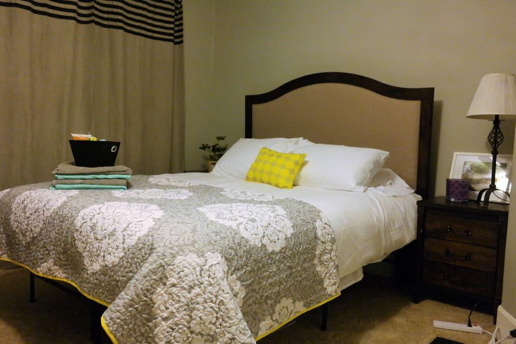 Guest Room 1 :)