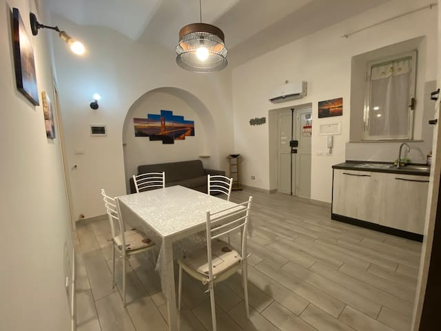 Cozy private apartment in the old town