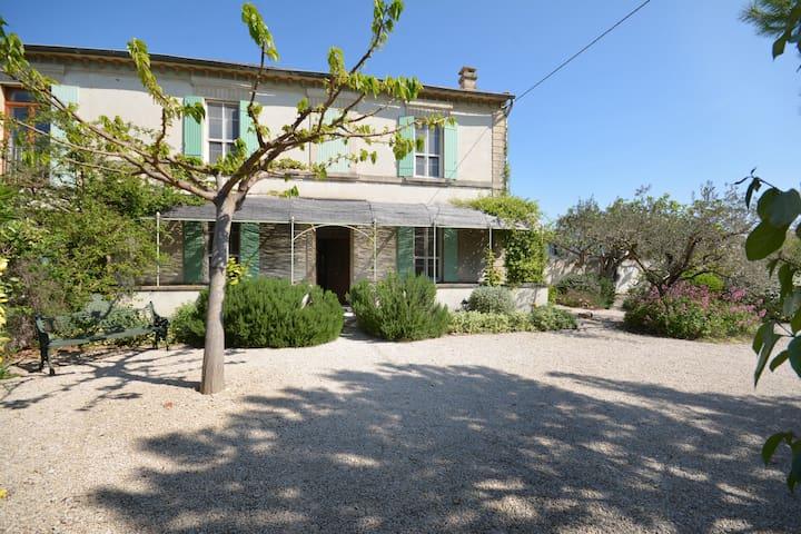 Chez Mamette en Provence - Rognonas - House