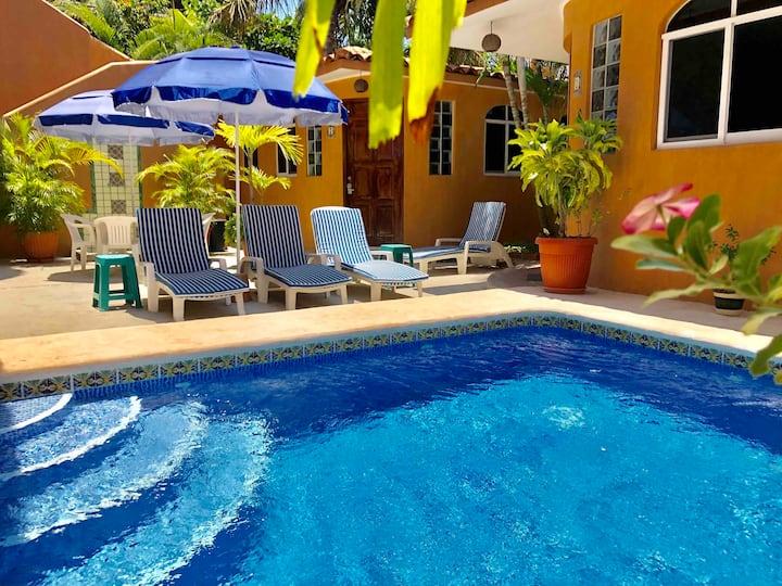 Casitas La Fe #1 - steps from Playa Zicatela