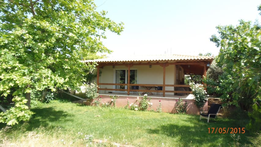cottage villa near airport 1 - Anatoliki Attiki - 一軒家