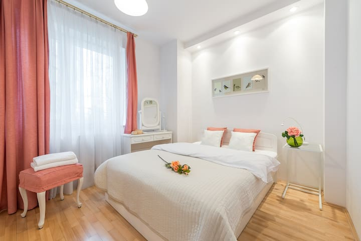 Two bedroom apartment GRODKOWSKA