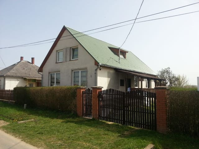 Gästehaus an der Theiß