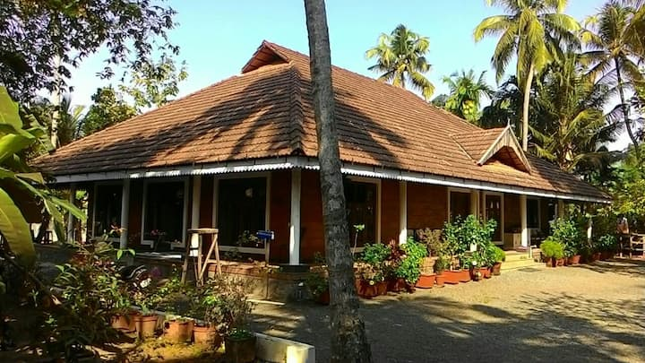 Kochi-riverside-homestay