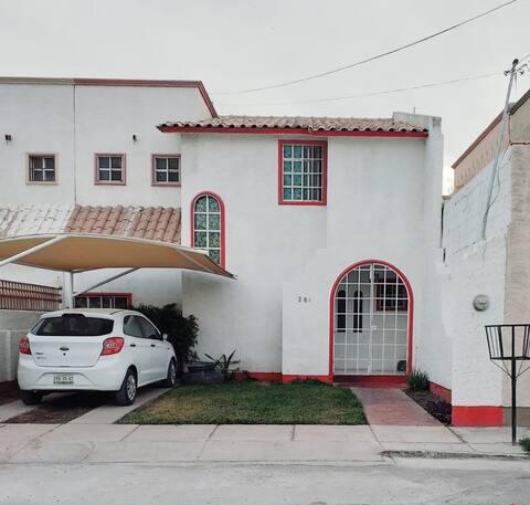 LA PEQUEÑA CASA BLANCA-2    factura Airbnb