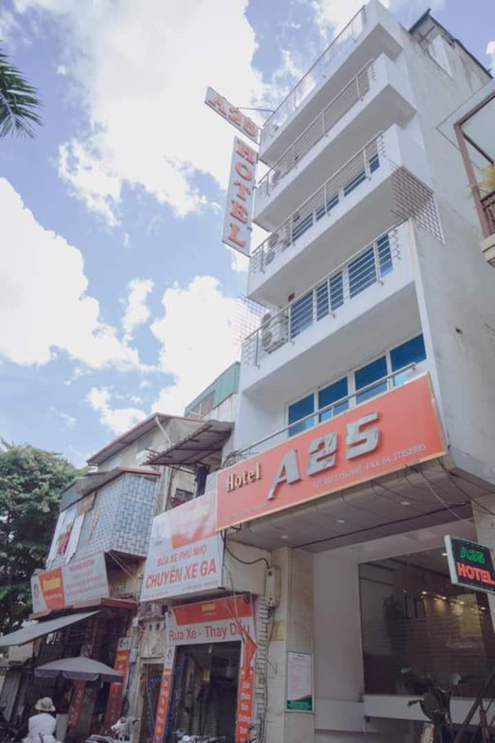 A25 Hotel - 46 Châu Long