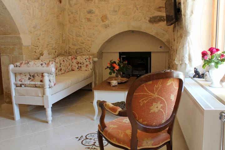 Ioanna House. A romantic touch on your vacation! - Gonia - Casa de vacances
