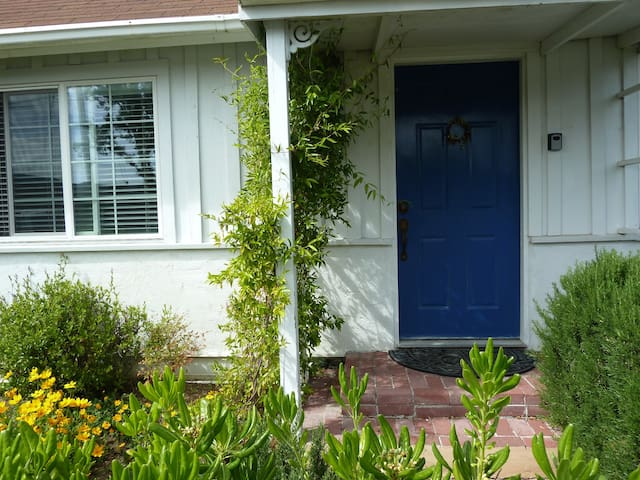 1 bd downtown Pleasanton in-law apartment
