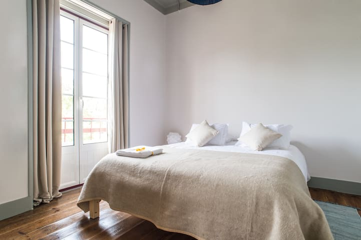 Most Art Boutique Hostel - Family Room BB - 5 pax - Leiria - House