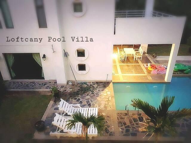 Loftcany Pool Villa@บางแสน