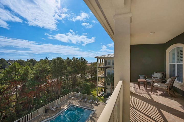15% FALL DISCOUNT!! Beautiful 30A Penthouse!! Private Beach Access ~ Community Pool!!