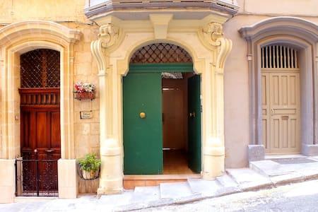Ap.2 Azure suite #citycentre - Il-Belt Valletta